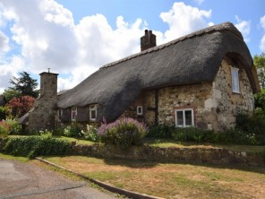 3 bedroom Cottage near Brighstone, Isle Of Wight, England