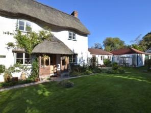 4 bedroom Cottage near Carisbrooke, Isle Of Wight, England