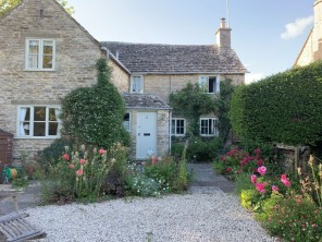 2 bedroom Cottage near Cirencester, Gloucestershire, England