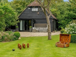 1 bedroom Barn near Aylesbury, Buckinghamshire, England