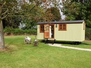 1 bedroom Chalet / Lodge near Ashford, Kent, England
