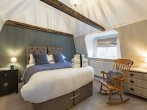 King or twin bedroom on the second floor