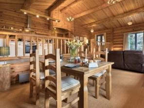 2 bedroom Log Cabin near Ulverston, Cumbria & the Lake District, England