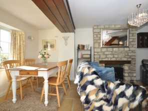 2 bedroom Cottage near Witney, Oxfordshire, England