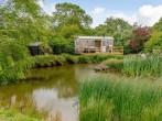 Cottage in Aylesbury, Buckinghamshire (76403) #1