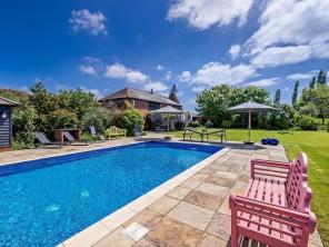 5 bedroom Cottage near Ashford, Kent, England