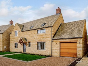 4 bedroom House near Chipping Campden, Gloucestershire, England