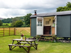 1 bedroom Chalet / Lodge near Brecon, Powys / Brecon Beacons, Wales