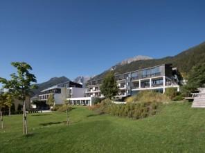 2 bedroom Apartment / Hotel near Fulpmes, Stubaital, Austria