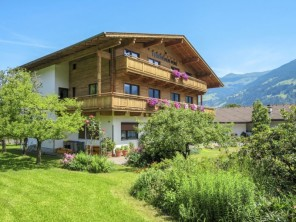 14 bedroom Apartment near Fügen, Zillertal, Austria
