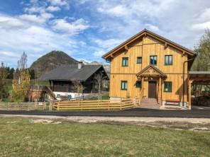 4 bedroom Farmhouse near Bad Aussee, Salzkammergut, Austria
