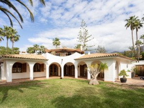2 bedroom Villa near Costa Adeje, Tenerife, Canary Islands