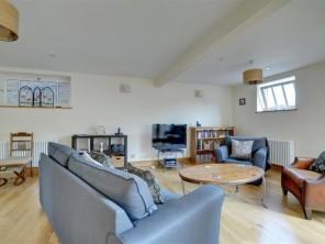 3 bedroom Apartment near Sandwich, Kent, England