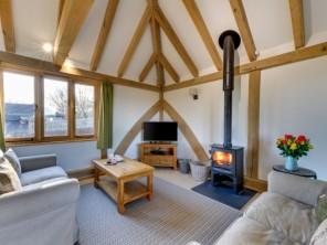2 bedroom Farmhouse near Tenterden, Kent, England