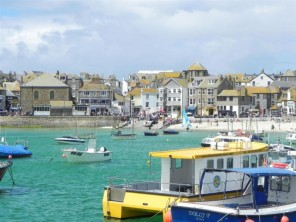 3 bedroom Apartment near St. Ives, Cornwall, England