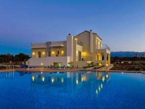 3 bedroom Apartment near Chania, Crete, Greece