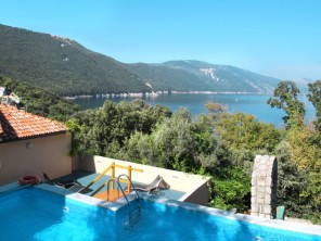 3 bedroom Apartment near Cres/Cres, Kvarner, Croatia