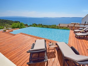 3 bedroom Villa near Trogir/Okrug Gornji, Central Dalmatia, Croatia