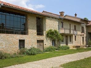 5 bedroom Castle / Mansion near Alba, Piedmont, Italy