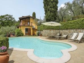 3 bedroom Apartment near Montecatini Terme, Tuscany, Italy