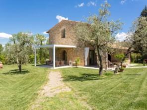 3 bedroom Villa near Gambassi Terme, Tuscany, Italy