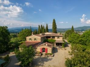 8 bedroom Villa near Arezzo, Tuscany, Italy