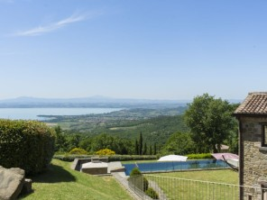3 bedroom Villa near Tuoro sul Trasimeno, Umbria, Italy
