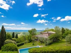 4 bedroom Villa near Lago di Bolsena, Lazio, Italy
