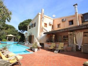 7 bedroom Villa near Valledoria, Sardinia, Italy