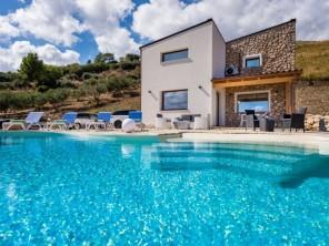 2 bedroom Villa near Castellammare del Golfo, Sicily, Italy