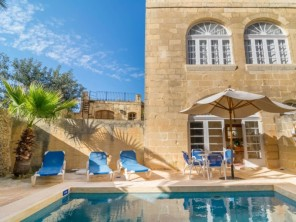 2 bedroom Farmhouse near Xaghra, Gozo, Malta