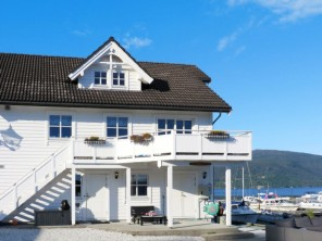 5 bedroom Apartment near Strandebarm, Hardanger, Norway
