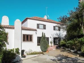 3 bedroom Farmhouse near Colares, Lisbon & Costa de Lisboa, Portugal