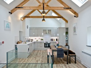 2 bedroom Cottage near Watergate Bay, Cornwall, England