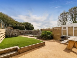 2 bedroom Cottage near Coverack, Cornwall, England