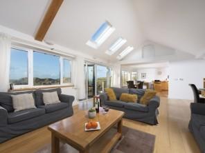 4 bedroom Cottage near Holywell Bay, Cornwall, England