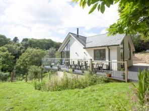 5 bedroom Cottage near Harrowbarrow, Cornwall, England