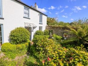 4 bedroom property near Kingsbridge, Devon, England