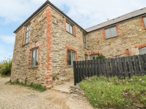 2 bedroom property near Truro, Cornwall, England