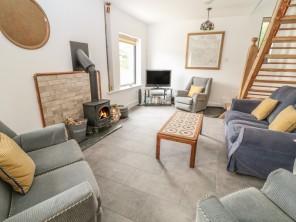 2 bedroom property near Beaworthy, Devon, England