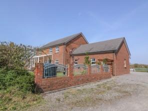 5 bedroom property near Cardigan, Ceredigion, Wales
