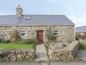 1 bedroom property near Nefyn, North Wales, Wales