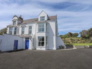 5 bedroom property near Trearddur Bay, North Wales, Wales