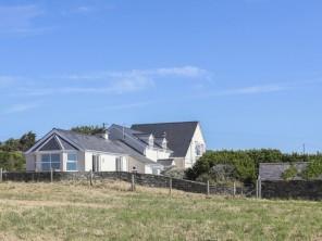 7 bedroom property near Llanfair yn Neubwll, North Wales, Wales