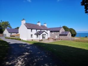 4 bedroom property near Dulas, North Wales, Wales