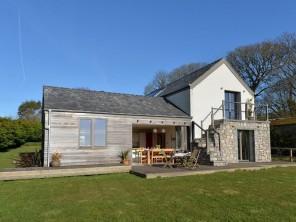 4 bedroom property near Moelfre, North Wales, Wales