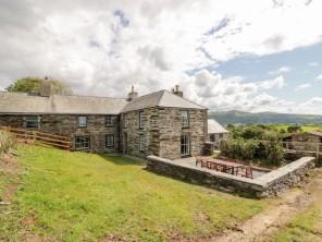 4 bedroom property near Talsarnau, North Wales, Wales
