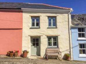 2 bedroom property near Falmouth, Cornwall, England
