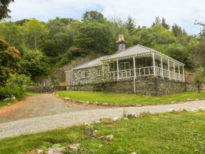 1 bedroom property near Llanfairfechan, Conwy, Wales