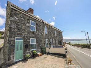 2 bedroom property near Barmouth, North Wales, Wales